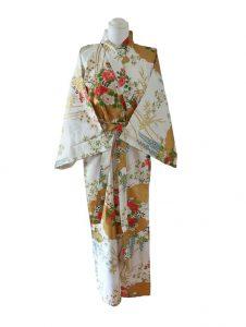 Japanse kimono met bloemen dessin katoen wit