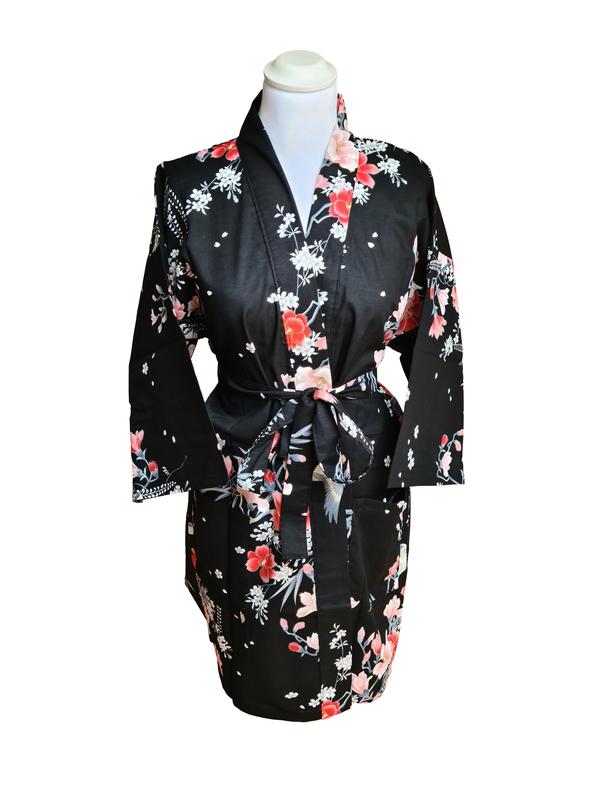 Kimono kort met bloem dessin zwart