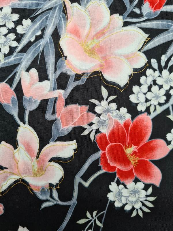 Kimono kort met bloem dessin zwart detail