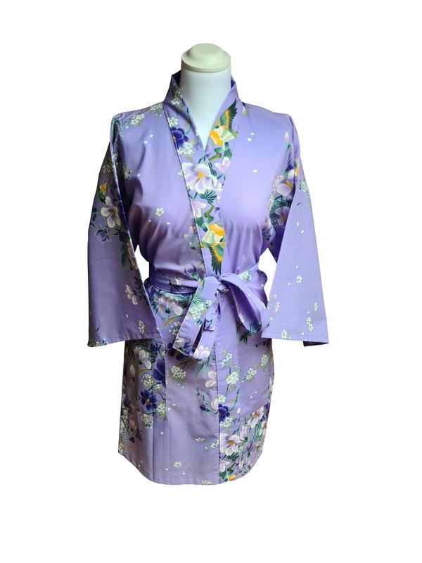 Kimono kort met bloem dessin paars