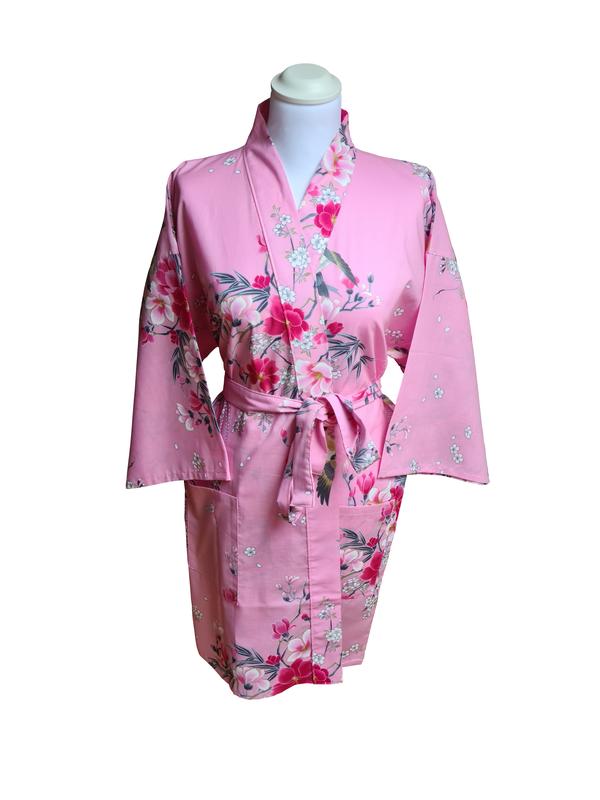 Kimono kort met bloem dessin roze